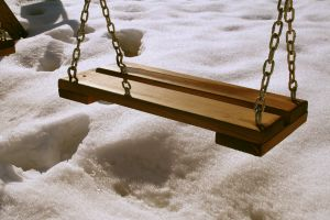488596_swing_in_snow.jpg